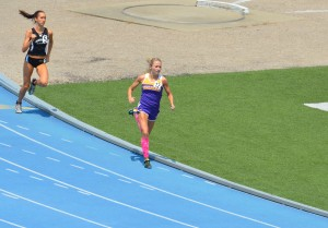 2012 IHSA State 800m Finals Lap 2