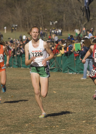 Emma Fisher (Y) rocks state leading 5:05.15/Ethan Zentz image