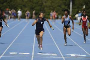 Evanston will look to regain relay power/Suntimes photo