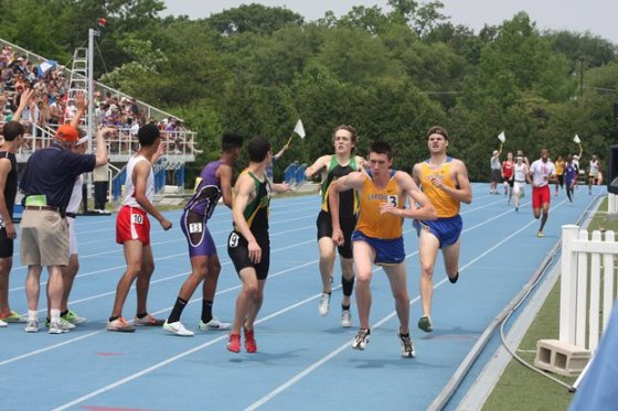 So who will be it be this season in the relays/Bob Geiger photo